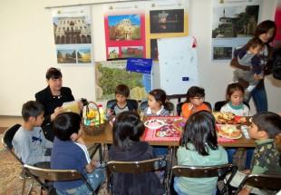 Дарение за българското училище в Токио