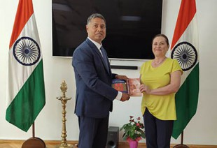 Среща на д-р Стефания Димитрова и негово превъзходителство г-н Санжай Рана - посланик на Индия в България